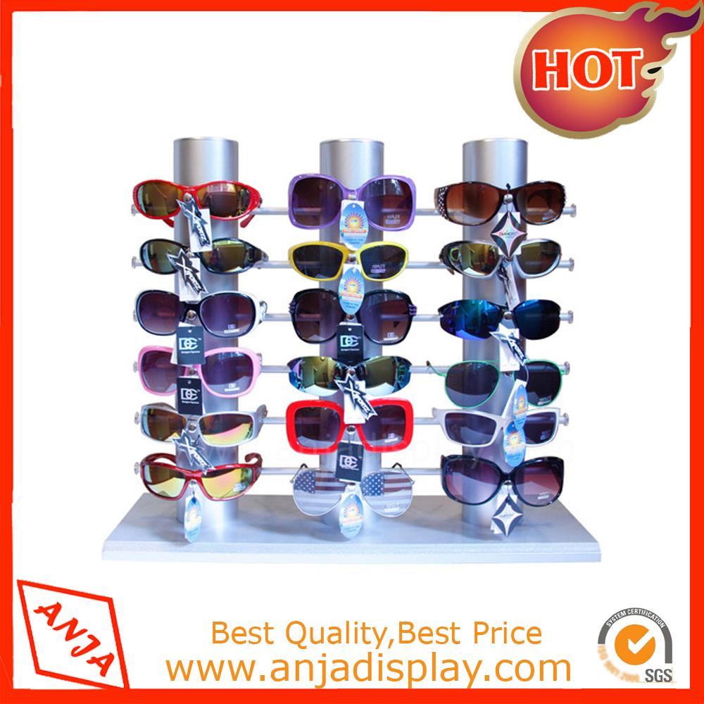Metal Glasses Display Showcase